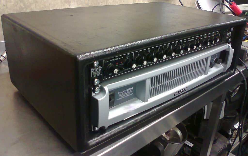 loaded 3u rack from front