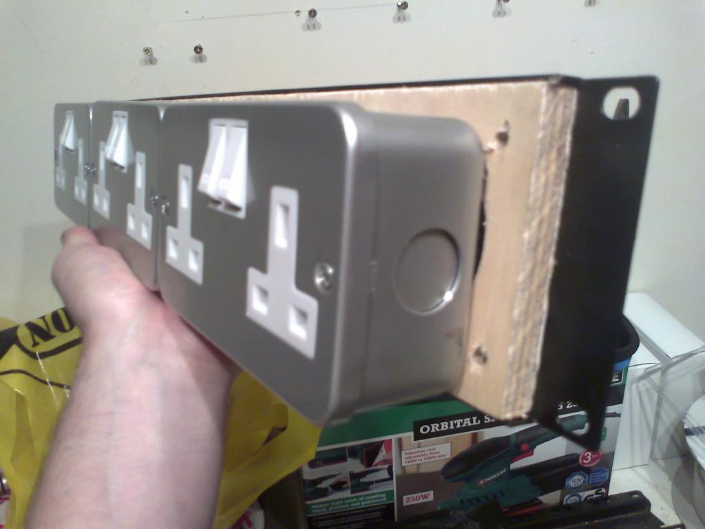 rack PDU rear